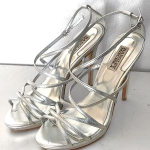 BADGLEY MISCHKA SILVER STRAPPY PROM STILETTOS  8.5